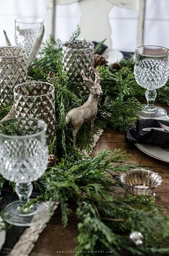 Rustic Woodland Christmas Tablescape