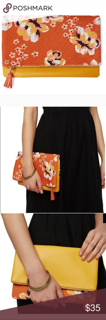 san francisco 2ee86 3817f Rachel Pally Reversible Clutch In Zahara This 2-for-1 clutch is the perfect