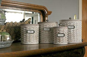 White Washing a #Longaberger #Basket-DIY | Tammy Damore