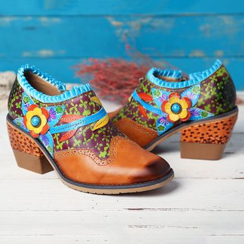 SOCOFY Vintage Genuine Leather Splicing Floral Clover Pattern Hand Painted Zipper Comfortable Pumps