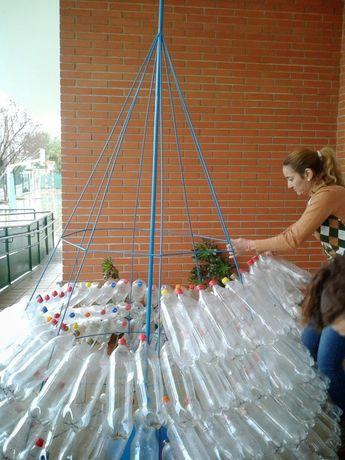 Enfeites de Natal feitos com material reciclável