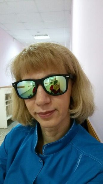 1e0262dbe9 90s Small Rectangular Pointy Sunglasses – LoomRack