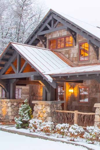 18 Outstanding Rustic Houses