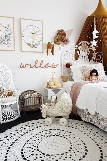 Inspiration from Instagram -Georgie McElligott @willowandvan - pastel girls room ideas, pink, brown and white girls room design, kidsroom decor, girls kidsroom, powder, table, decor, design, bed, kids posters