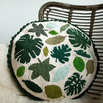 Leaves Punch Needle Cushion - maRRose Colorful Crochet & Crafts