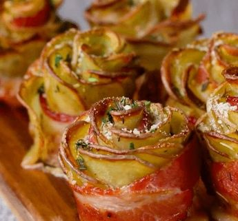 Roll Potato Slices Into Bacon - 1 Hour Later, Out Comes A Gorgeous (And Delicious) 'Potato Rose' - #bacon #delicious #Gorgeous #Hour #Potato #Roll #rose #Slices
