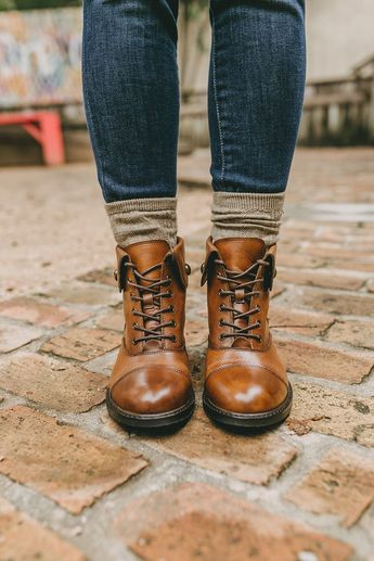 How To Wear Combat Boots This Fall | LivvyLand