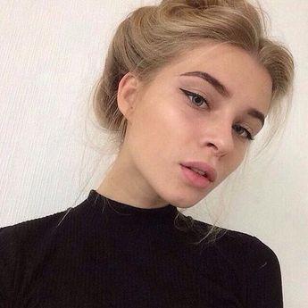Light makeup but heavier on the eyeliner