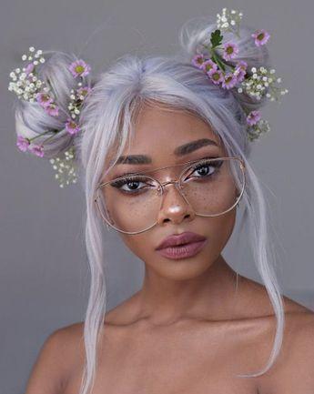 41 brilliante Möglichkeiten, graue und silberne Haarfarbe zu tragen #brilliante #graue #haarfarbe #moglichkeiten #silberne #tragen