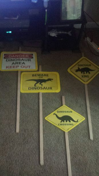 I made these signs for my nephew dinosaur / Jurassic World birthday party. Yellow poster board, yard signs and a color printer.