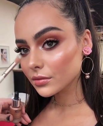 35 New Makeup Tips for Beginners 2019
