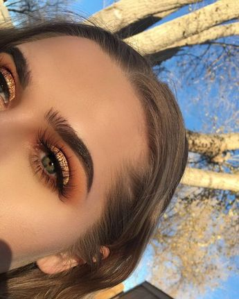 🍁🍂when you want fall forever 🍂🍁 • @anastasiabeverlyhills dipbrow in medium brown, modern renaissance using tempera, burnt orange, realgar,…