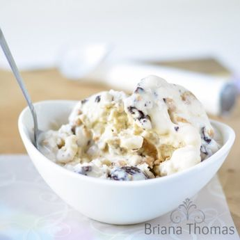 This healthy mock Moose Tracks ice cream is low carb, sugar free, and gluten free.