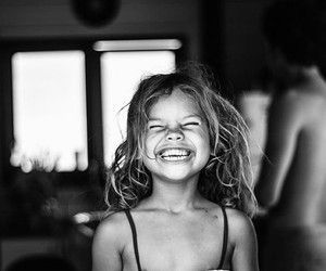 What a priceless smile!!!