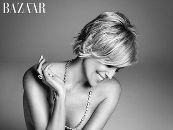 Haircuts Trends 2017/ 2018 - PHOTO: Sharon Stone, 57, appears in the September 2015 issue of Harpers Bazaar M