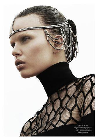 Marleen Gaasbeek is a Desert Queen for Simon Upton in Harper's Bazaar Australia April 2013