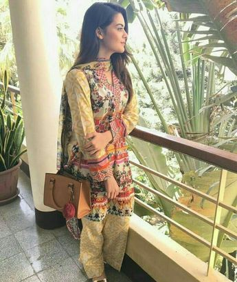9f3f7ac2d8 First Look Gul Ahmed Winter Collection 2018-19
