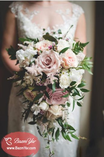 دسته گل عروس آویزان  www.bazmyar.com  دسته گل آبشاری  #بزم_یار #دسته_گل #گل #دسته_گل_عروس #عروس #عروسی #تبلیغات #گل_آرایی #گل_فروشی  #advertise #weddingplanner #Flower #bouquet #bazmyar #Bride #wedding #marriage #matrimony