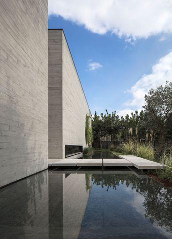 Private Villa Tel Aviv designed by Lissoni Architettura with Tehila Shelef Architects