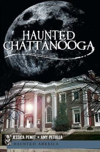 Tours Award Winning Original Chattanooga Ghost Tour Our acclaimed storytellers will take you on a walking journey to the very sites where documented sightings of ghosts occurred throughout our city's dark and sinister past. Hear Chattanooga's haunted history, from the innocent man whose lynching by rope changed American law, to the underground site of a …