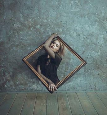 Creative/Creativo art/arte photografy/fotografía retrato , cool, light , shine Interesting/interesante