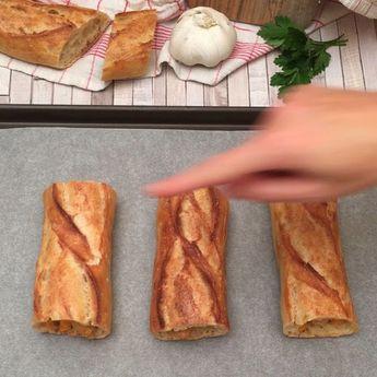 Le pain à l'ail revisité, tout simplement. Ou presque
