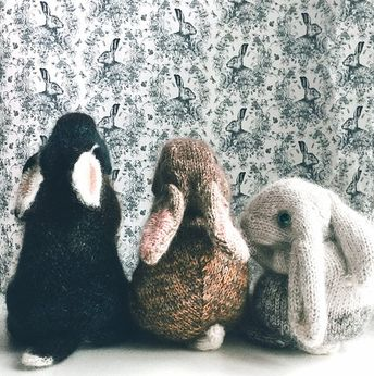 KNITTING PATTERN - Holland Lop Rabbit