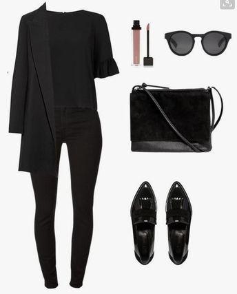 Chic et élégant Noir sur noir. Tenue de Kris Jenner.