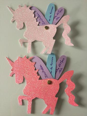 Steht die nächste Kindergeburtstagsparty unter dem Motto Einhorn? Wenn Kinder Einladungen zu ihren Geburtstagspartys selbst basteln, steigt die Vorfreude umso mehr. Hier ist eine Idee für eine liebevoll gestaltete Einhorn Einladung. Unicorn invitation birthday party. #kinder #einladung #geburtstag #einhorn #unicorn