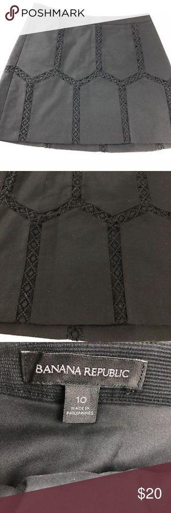 cd6a1adf39 Banana Republic Black Textured Skirt Banana Republic Black Textured Overlay  Crochet Size 10 Women s Lined Skirt