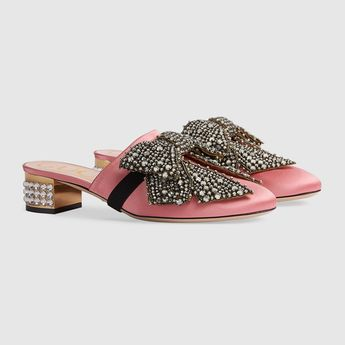 55385eaefc20 Gucci Satin slipper with removable crystal bow Detail 2