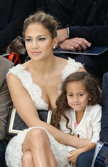 Jennifer Lopez -Fashionable Moms Breaking All the Fashion Rules