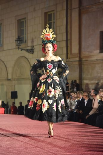 Sicilians Do It Better  Dolce   Gabbana Present Their Alta Moda in Palermo 87311c22fbc