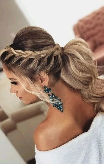 20 Inspired Bridesmaid Unique And Creative Wedding Hairstyles 2019
