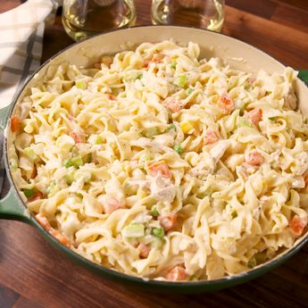 Chicken Pot Pie Noodle Bake