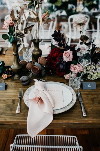 5 Styling Tips for Wedding Reception Tables!