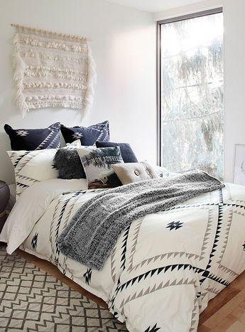 Duvet vs Comforter, Which is Better?