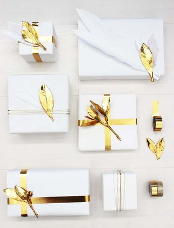 DIY Holiday Washi Tape Leaf Gift Toppers + Gift Wrap Decor