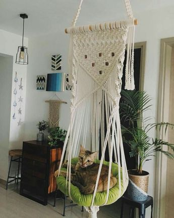 Macrame wall hanging triple plant holder / macrame plant hanger / home decor - Edith Rosa Perez Cardenas