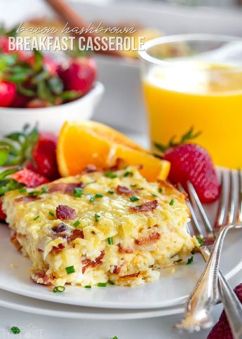 Easy Hashbrown Breakfast Casserole is perfect for entertaining a crowd or serving up a simple weekend brunch. Made with frozen hashbrowns, eggs, bacon, and three different types of cheese, this savory breakfast casserole can be made in advance and is designed to feed a crowd. // Mom On Timeout #breakfast #brunch #bacon #cheese #recipe #recipes #Easter #Christmas #hashbrowns #easy #momontimeout #ad