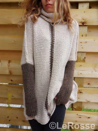 Oversized Slouchy Loose knit woman sweater. Alpaca Merino wool sweater