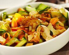 Recette Tagliatelles de carottes, courgettes et aiguillettes de poulet