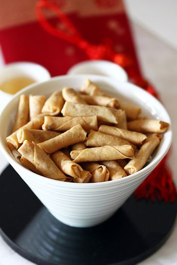 Mini Spring Rolls with Chicken Floss recipe - This recipe is tasty and easy to do. Of course you can wrap it with any filling of your choice like Dried Prawn Cili or ground peanuts if you like it to be a sweet snack. #malaysian #snack #appetizer