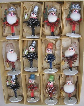 Finding a box these vintage boxed pine cone figures would send me right over the edge.