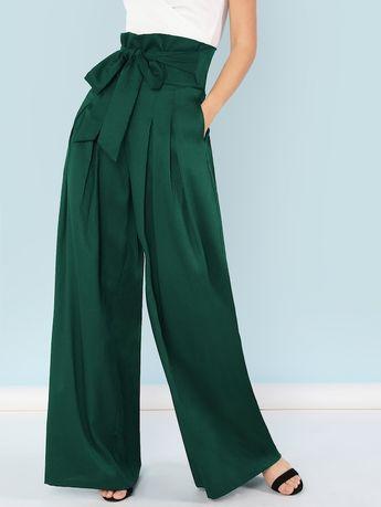 Pantalon plissé ceinturé