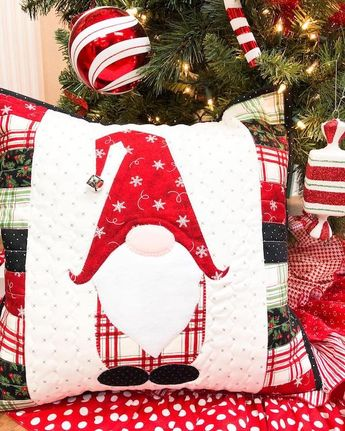 """""""GNOME"""" for the Holidays Pillow Kit"""