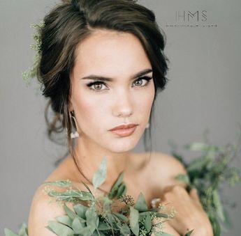 how gorgeous is @tiffanypliler though?! #hairandmakeupbysteph #weddinghair #destinationwedding #weddinginspiration