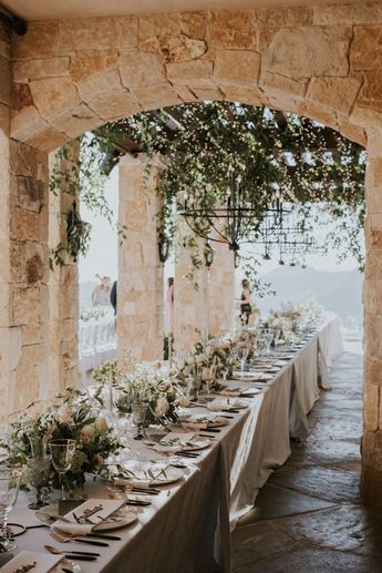 If You Thought This Malibu Rocky Oaks Wedding Took Place in the Tuscan Hills, You're Not Alone