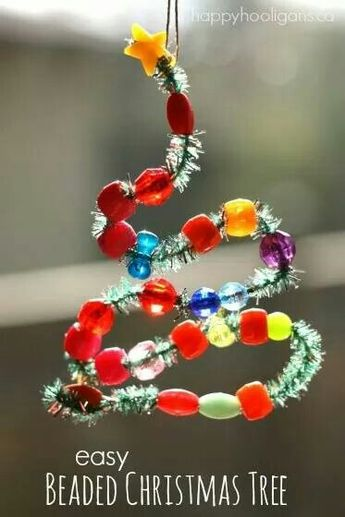 Bead and pipe cleaner tree