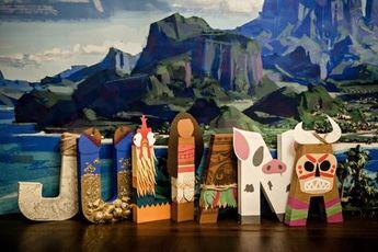 Moana Paper Mache Letters / Party Decor / Maui's Fish Hook / Tamatoa / Heihei / Moana / Maui / Pua / Kakamora
